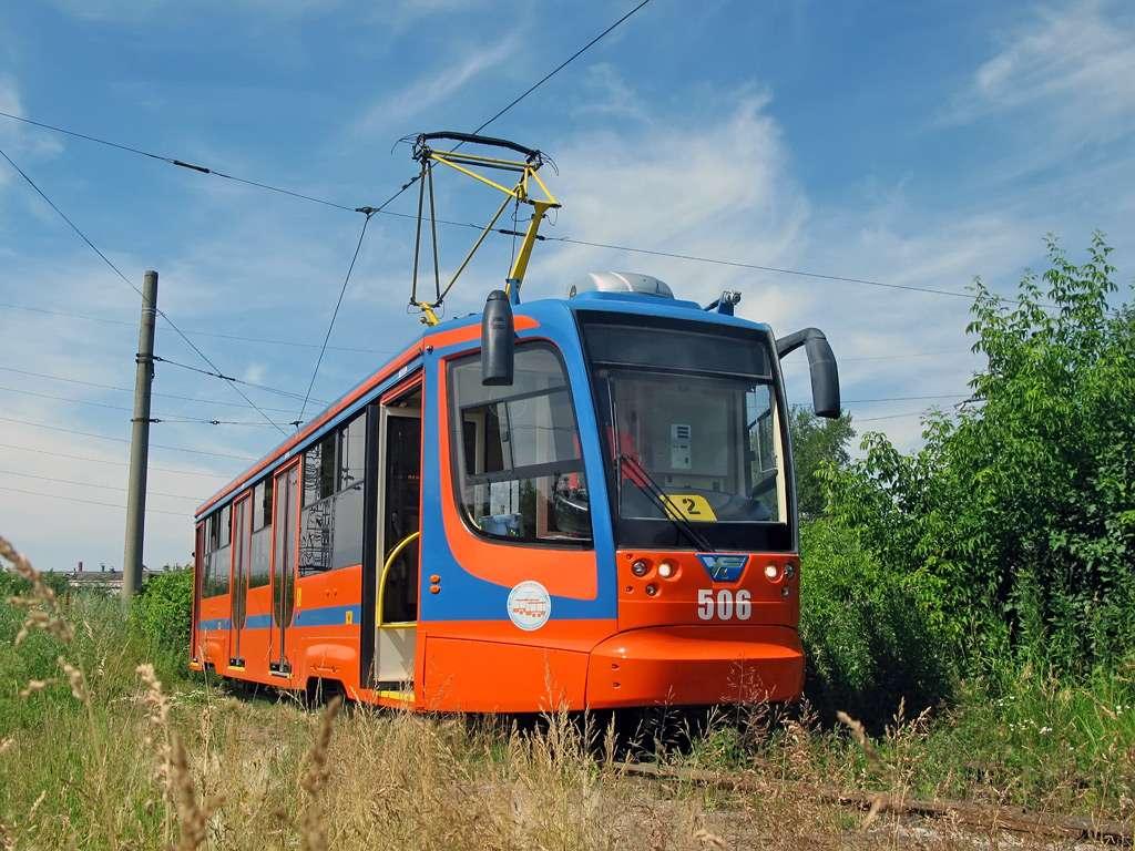 В Самару едет низкопольный трамвайный вагон
